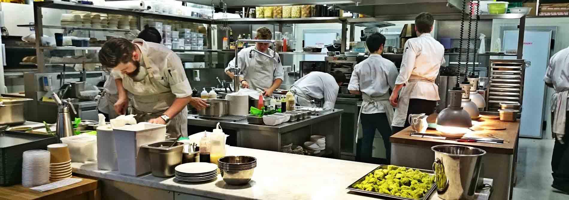 Commercial kitchen equipment supplier in dubai UAE